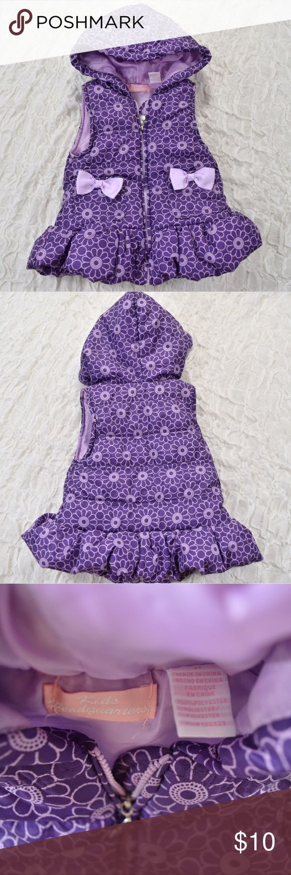 Purple toddler girl puffer vest Adorable baby girl puffer vest🎀Purple🎀Size 2T🎀100% polyester🎀Front pockets with bow accents🎀Great condition🎀Smoke and pet free home Kids Headquarters Jackets & Coats Vests