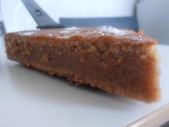 La meilleure recette de Fondant à la crème de marrons! L'essayer, c'est l'adopter! 5.0/5 (12 votes), 24 Commentaires. Ingrédients: 4 oeufs, 500 gr de crème de marron, 125 gr de beurre, 2 cuil à soupe de farine, 1/2 cuil à café de vanille en poudre, 1 pincée de sel, sucre glace pour le décor
