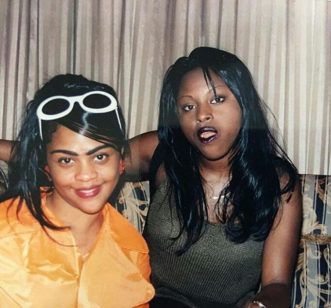 "surra-de-bunda: ""Lil' Kim & Foxy Brown (1996) """