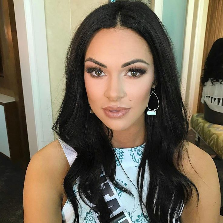 @missutusa Makeup by @flawlessonsite on  @missutusa For @theperfectface  at #MissUSA. 💗Products used are MACCHIATO, CHOCOLATE CAKE and SOFT BROWN #eyeshadows, 💗AU NATURAL #lipstick, 💗BEACH BABY #blush. 💗MEDIUM #contour 💗QUEEN #shimmerpigment to #highlight 👑#theperfectface #tpfmissusa  #missusa2017 #tpfcosmetics.com #pageant...