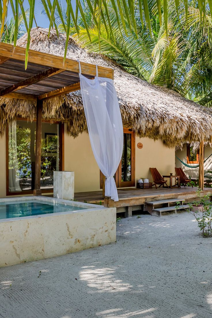 The Best Hotels in Belize - Jungle cottages, romantic beachfront villas, tree houses in the rainforest canopy—there's no shortage of standout hotels in this laid-back Central American country. Here, of the  are the best hotels in Belize.