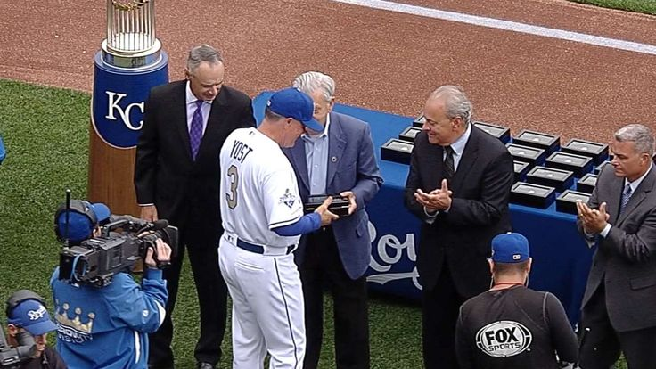 Royals were generous with World Series ring World series