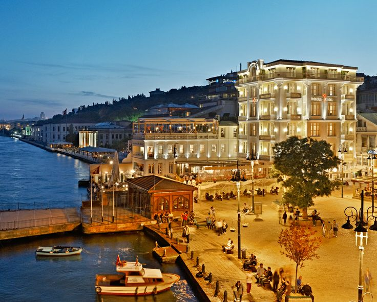 Perched right on the edge of the water, the House Hotel Bosphorus has a spectacular location.