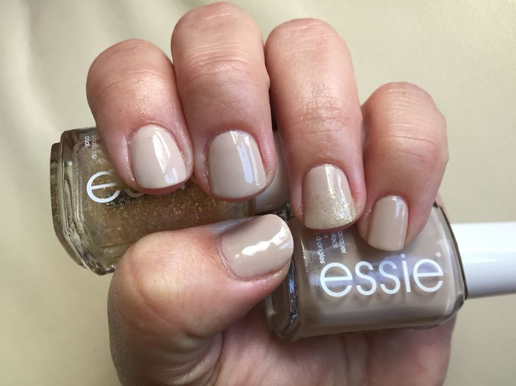 Essie sand tropez and as gold as it gets makes a subtle and elegant look #sandtropez #asgoldasitgets #essielook #essielove #essie #iheartessie #iloveessie #nails #elegant #subtle