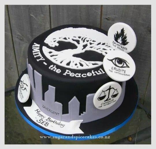 Amazing cake!! I love film Divergent