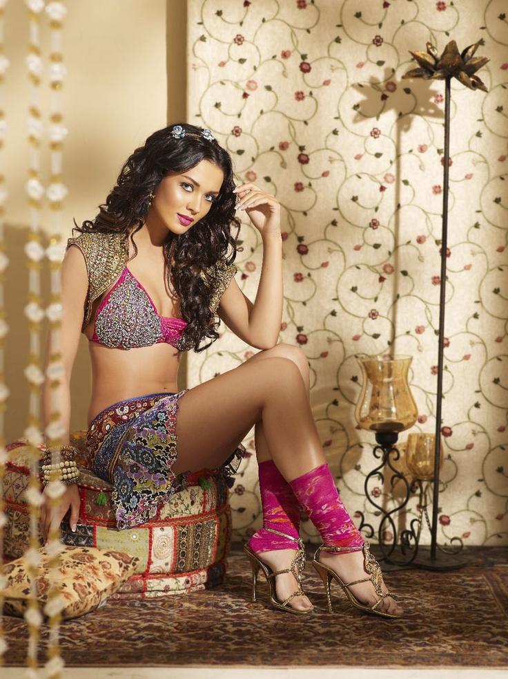 Bollywoods Scouse Princess Amy Jackson