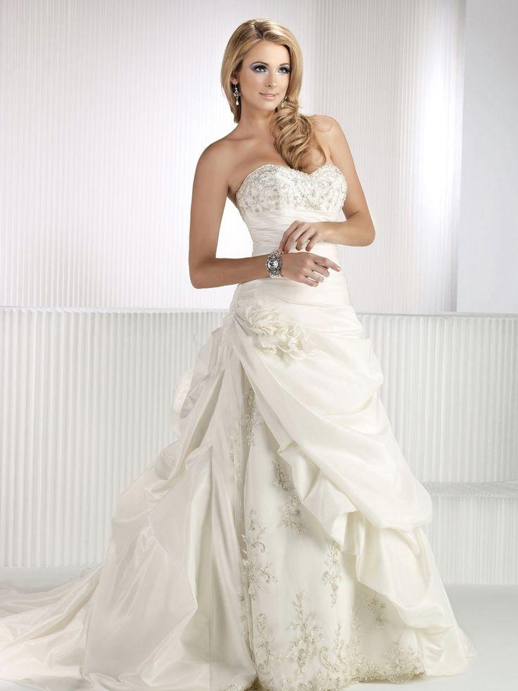 Dramatic Principessa Ivory Satin abito da sposa con scollo a cuore e cadde Girovita : WG5687 : €168.68
