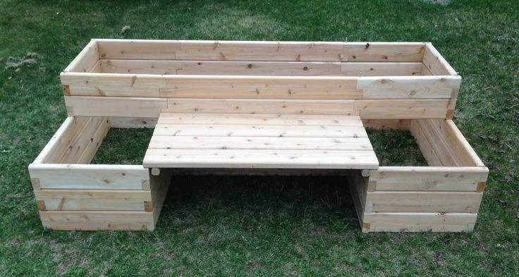 raised bed with bench – I REALLY like this!