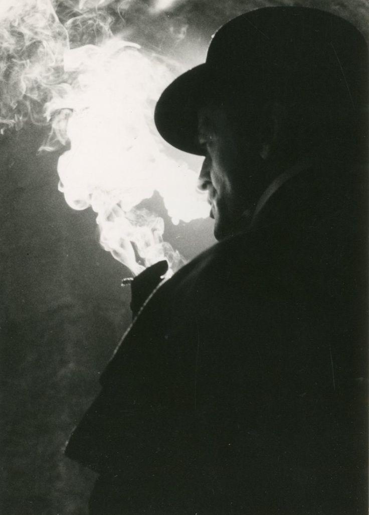 JACK L'EVENTREUR (Jack The Ripper) Klaus Kinski dans le film de Jesus Franco, 1976  Tirage argentique d'époque, dans un cadre 12,4 x 8,9 cm