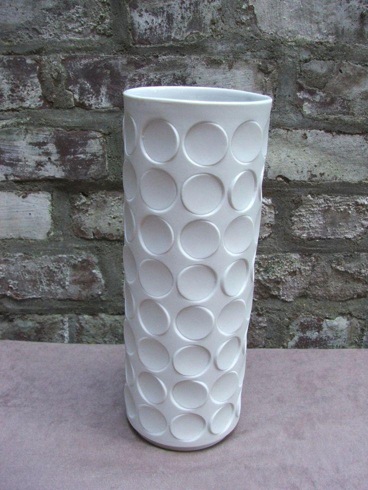 60s 70s XL fantastic OP ART Winterling bisque white unglazed Polka dots vase Vasarely era von ScAJanusCOLOGNE auf Etsy
