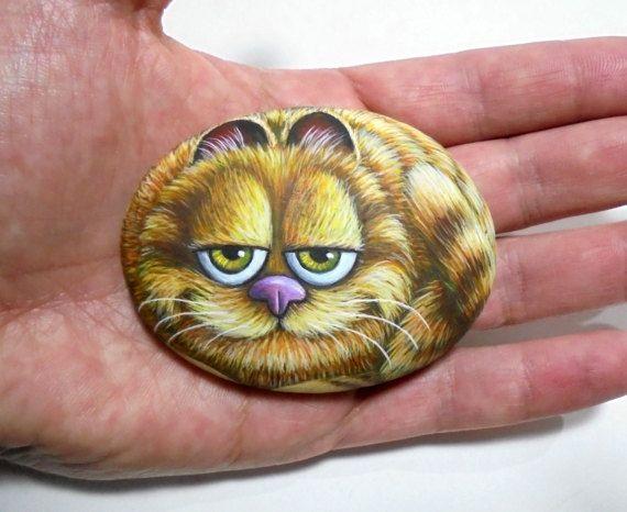 Garfield Cartoon Cat mano verniciato Pebble frigorifero