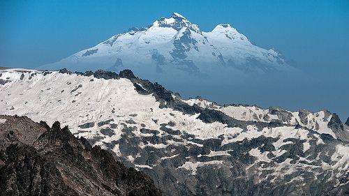 Monte Tronador (3478 m). Refugio Lynch, Cerro Catedral, Bariloche, Río Negro, Argentina, 2011-12-06 11:43.