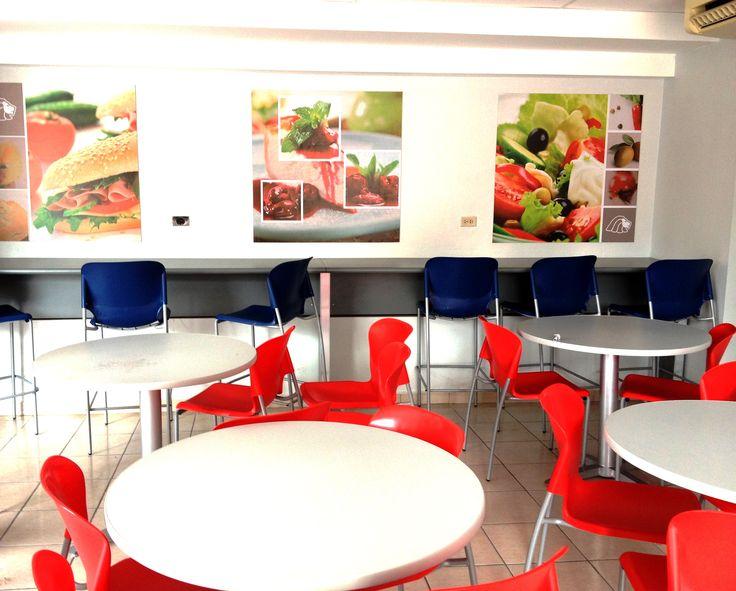 17 mejores ideas sobre mobiliario para cafeteria en for Mobiliario cafeteria segunda mano