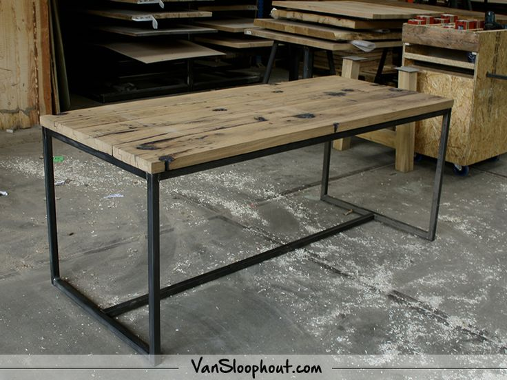 25 beste ideen over Industrieel ontwerp meubelen op