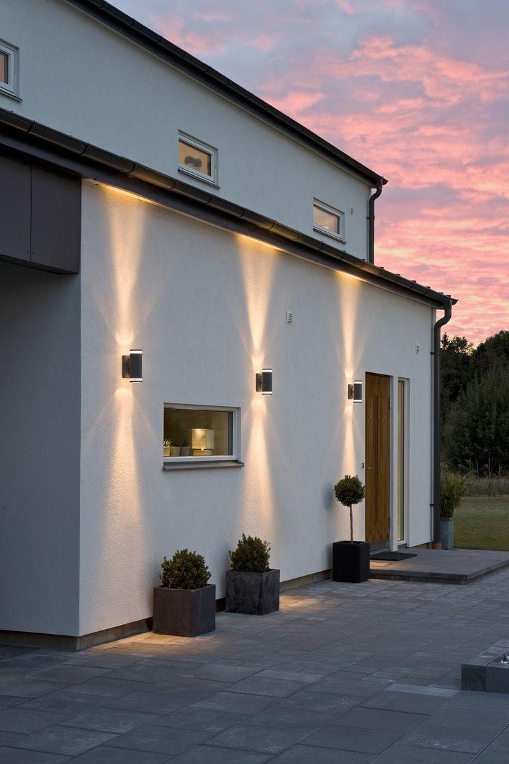 Moderni valkoinen koti: Ulkovalot ja sähkösuunnitelma