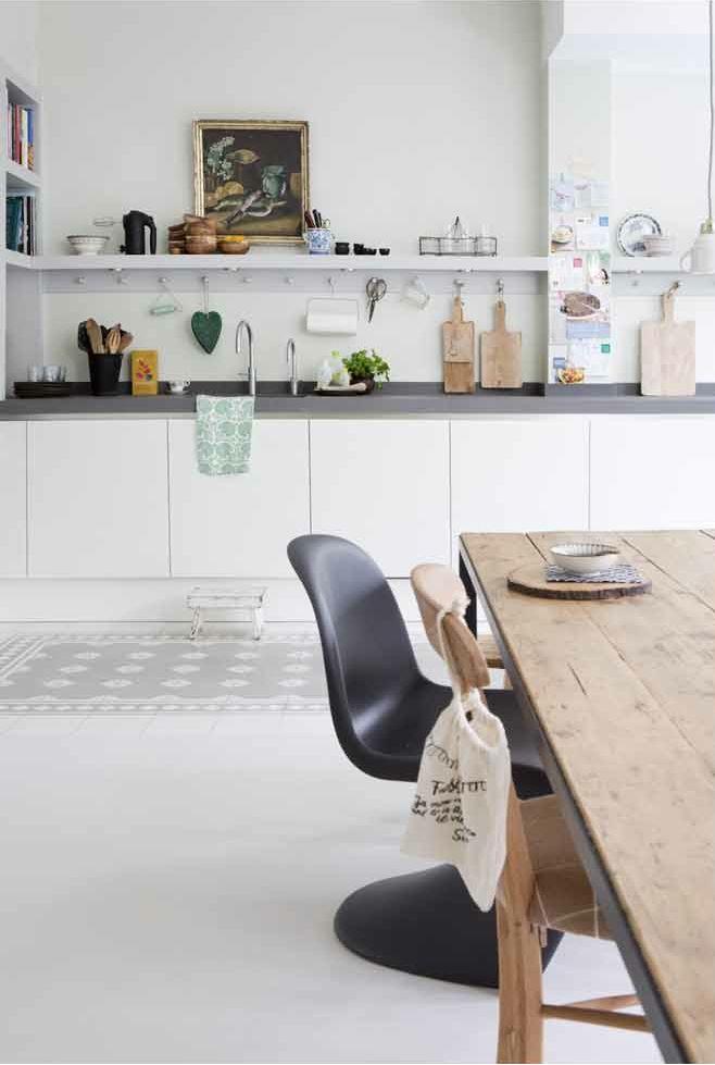 Castelo handmade Tiles - www.castelo-tiles... - Couleur-20x20cm- 2512LG® Light Grey and white