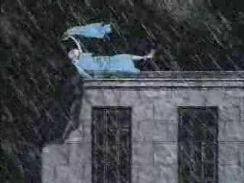 Edward Gorey - Estas son dos de las cabeceras que el ilustrador norteamericano realizó para la serie Mistery! de la PBS. This is the theme that PBS uses for their host of Mystery movies by Edward Gorey.