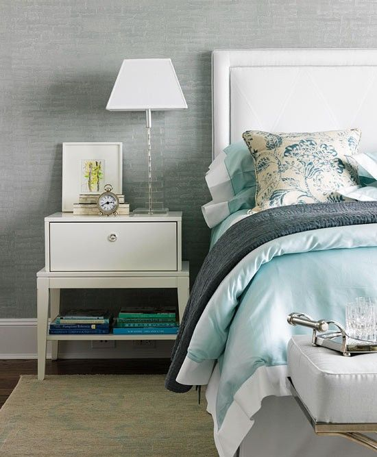 Gorgeous Gray And White Bedrooms: Gorgeous Blue-gray Toned Bedroom