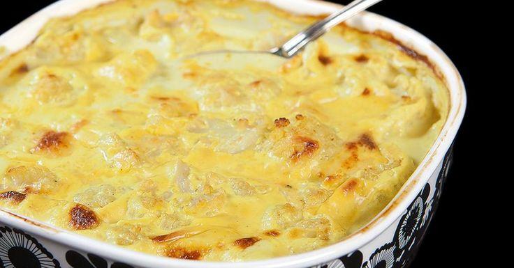 """En riktigt god """"mac`n cheese"""" fast på LCHF-vis med blomkål istället för pasta, ostig och krämig med en dash av curry"""