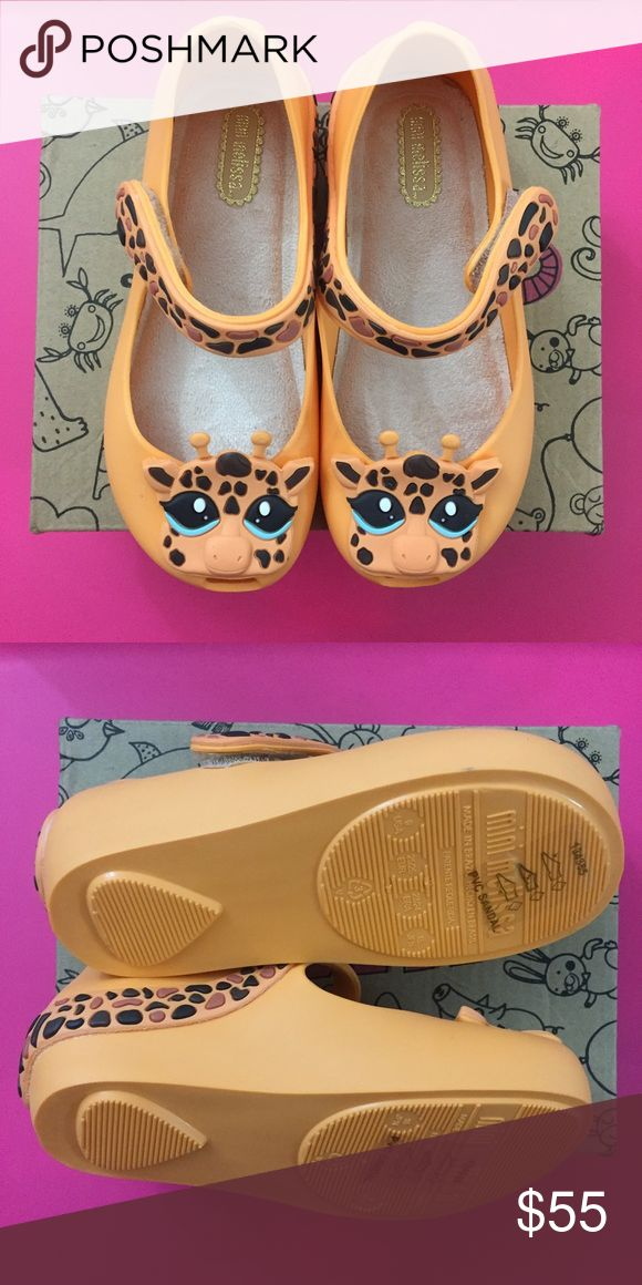 🎉HP🎉NIB Mini Melissa Giraffe MJ, 9 (Orange) Precious mary jane toddler shoes. Fun giraffe detail. Made in brazil, 100 percent recyclable plastic. New in box, with dust bag. Mini Melissa Shoes