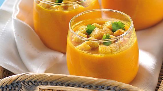 Острый морковный суп с чесночными гренками, пошаговый рецепт с фото