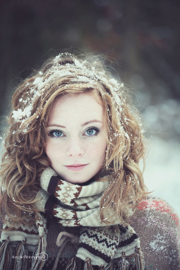 I want to take a picture like this with light fluffy freshly-fallen snow sprinkled on my head!