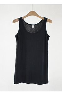 Today's Hot Pick :Essential Tank Top http://fashionstylep.com/SFSELFAA0001248/enbubblee/out The foundation for any unique ensemble. This top comes with a round neckline, sleeveless designs, lightweight feel, and a relaxed fit. Team with skirt leggings and flats, top with cardigans.