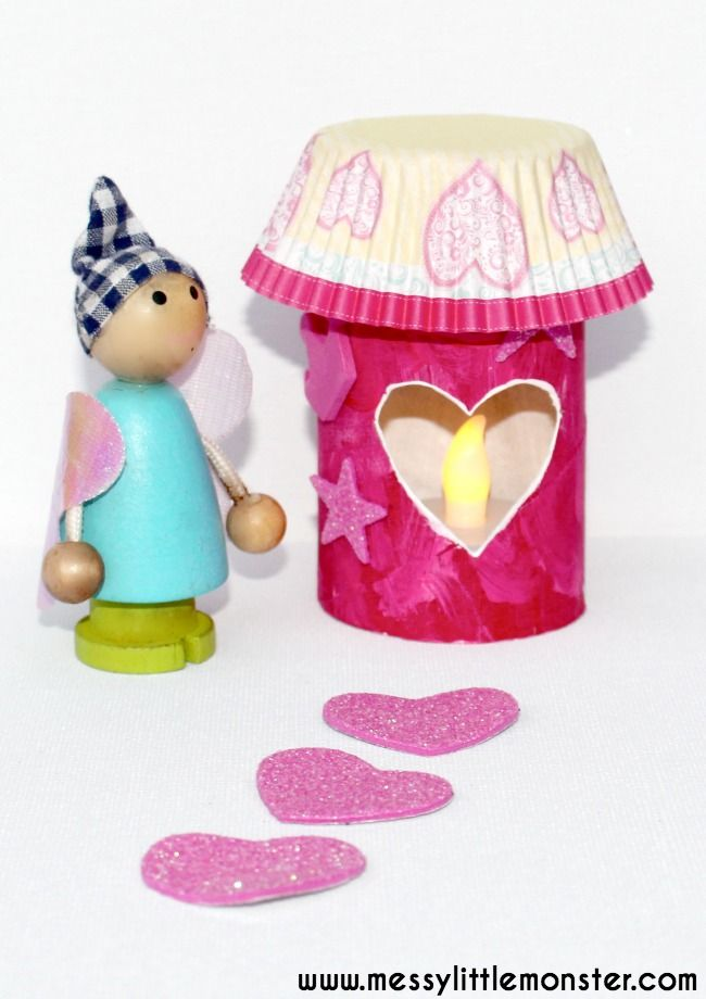 DIY toilet roll fairy house luminaries for kids. Simple recycled craft ideas for toddlers and preschoolers. Use this fun DIY toy to create a fairy small world play activity.