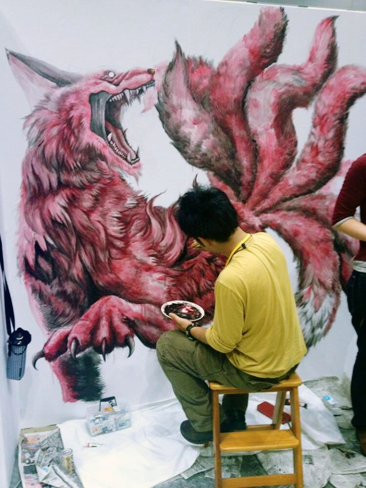 Illustrator Hayase Yasuyuki and his fantastic fox demon.  イラストレーター早瀬泰之さんと彼の素敵な悪魔の狐。  Tokyo, Japan.  Much Influence in Fox Folklore & Other Japanese Art (Pokemon, Inuyashi, etc.)