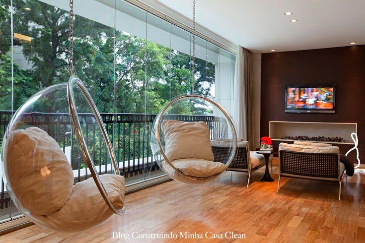 Modernas e sofisticadas! A cadeira Bubble Chair é uma peça clássica criada em 1962 pelo grande designer dinamarquês Eero Arnio , ate...