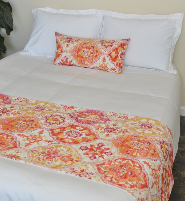 Moxie Roxie collection. Perfect for #spring! #interiorelementsdecor #interiorelements #bedrunner #hotelstylebedrunner http://www.interiorelementsdecor.com/#!bed-runner-pillow-sets/c1nt3