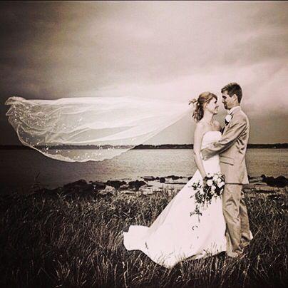 Kreativ bryllupsfotograf #voresstoredag #brud #gom #dansk #fotograf #bryllup #bryllupdk #bryllupsklar #bryllupsbilleder #bryllupsfotograf #billeder #wedding #weddings #weddingdress #weddingforum #weddingphotos #weddingdetails #weddingpictures #weddinginspiration #weddingphotographer #photography #photographer #photographers #denstoredag #holstebro
