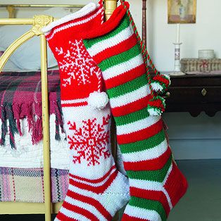 Knit Pattern For Striped Christmas Stocking : 17 best images about Knitted Stockings on Pinterest Santa stocking, Christm...