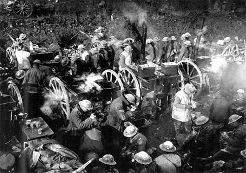 reasons for stalemate ww1 One of the most important battlegrounds of ww1 was the battle in the trenches it  was gruesome, for many reasons  the trenches caused a stalemate for nearly  four years during the war, as it was extremely difficult to.