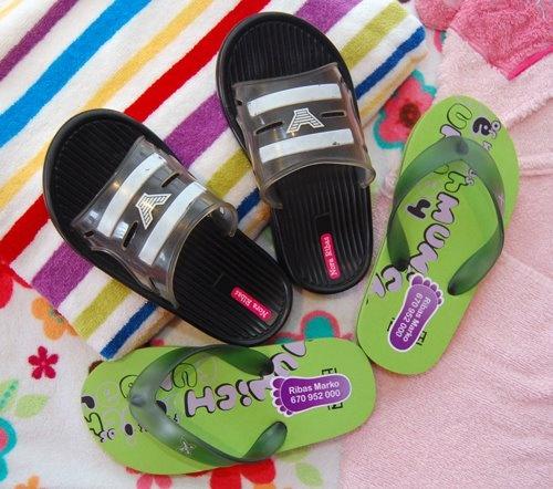 Etiquetas personalizadas para marcar la ropa http://www.stikets.com/etiquetas/etiquetas-personalizadas.html