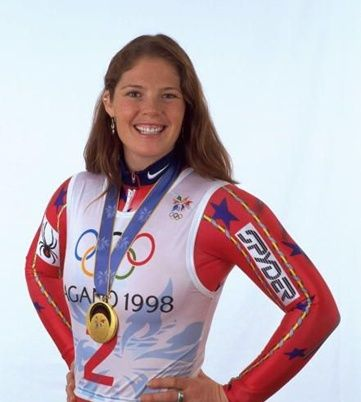 Picabo Street gets hitched