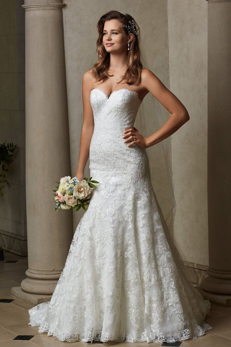 Sweetheart chapel train lace appliques trumpet mermaid for Sweetheart lace trumpet wedding dress