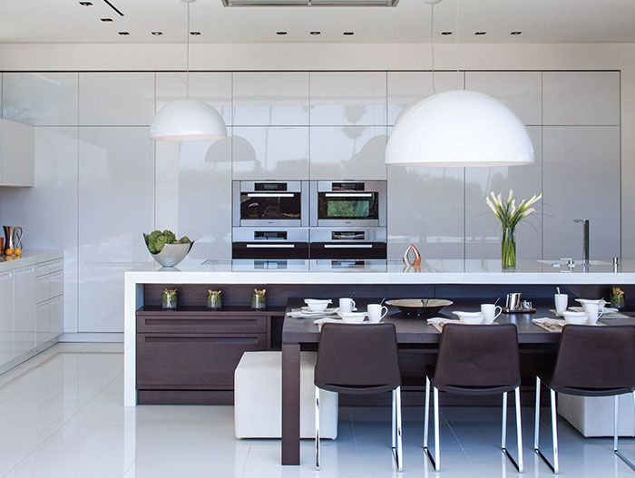 1201 Laurel Way Residence: Modern white kitchen design by Whipple Russell Architects