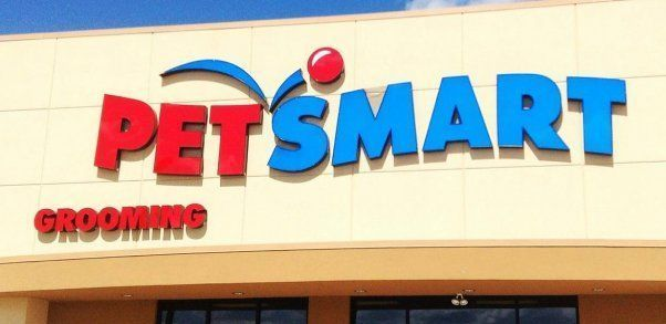 Petsmart Is A Much Loved Chain Of Pet Supply Stores In The United States Canada En 2020