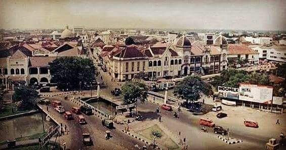 Pemandangan Kota Lama Semarang, sekitar Jembatan Mberok