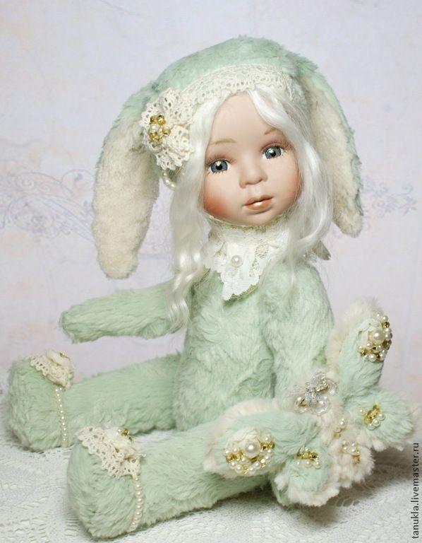 Зая и мотылек(тедди-долл) - мятный,тедди-долл,коллекционная кукла,фарфоровая гукла