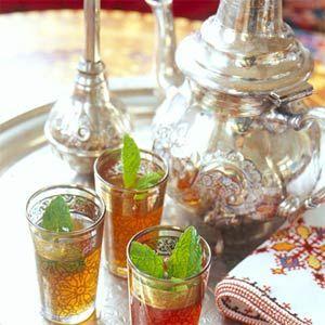 Brew your own fresh mint tea - it's unbelievably easy!