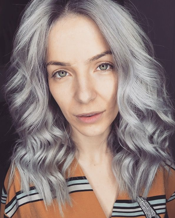 Grey hair Trends 2017
