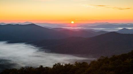 Thermal inversion, Blue Ridge Mountains (Credit: Credit: Eric Kruszewski)