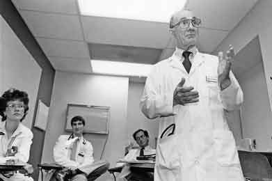 Bioethics Founder, Georgetown Professor Pellegrino Passes Away   Georgetown University
