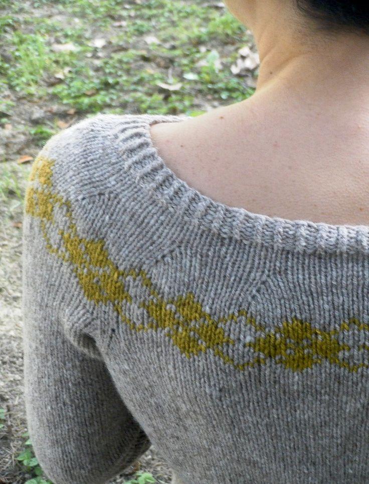 Ravelry: KnittingEla's Yvette