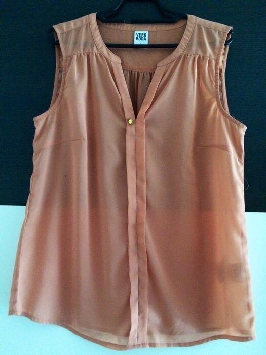Mein Transparente Bluse / Gr. L von Vero Moda! Größe 42 / L / 14 für 12,00 €. Sieh´s dir an: http://www.kleiderkreisel.de/damenmode/blusen/103805290-transparente-bluse-gr-l.