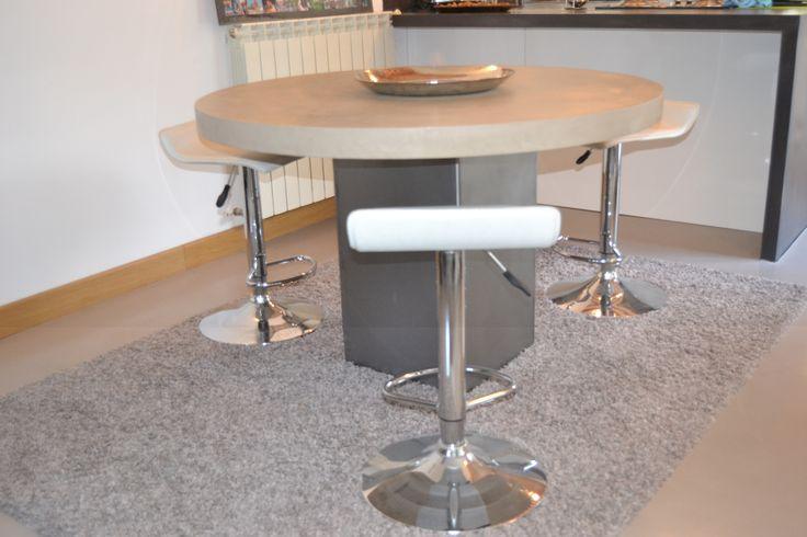 Les 25 meilleures id es de la cat gorie table haute ronde - Table haute beton ...