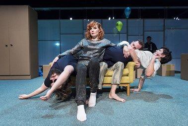 Ungdomen är deras sjukdom - Backa Teater