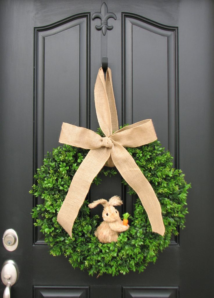Easter Bunny and Boxwood, Boxwood Wreaths XL, Spring Wreaths, Burlap, Boxwood Wreath, Door Wreaths